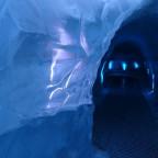 Tag 2 - Reykjavík - Eishöhle im Perlan
